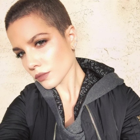 Halsey Talks Endometriosis