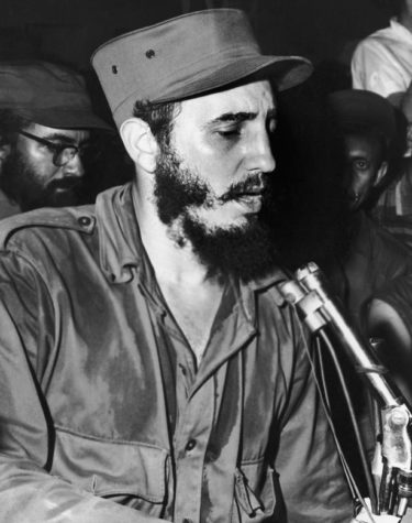 cuban-communist-leader-fidel-castro-wearing-military-fatigues