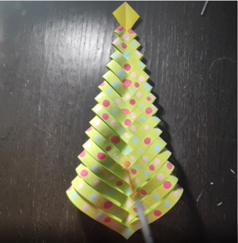 Christmas+Tree+Paper+Craft